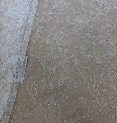 White lace fabric. Photo 1