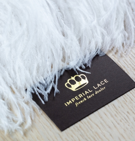 Off white soft natural ostrich feather. Photo 3
