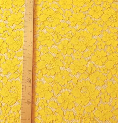 Yellow guipure lace fabric. Photo 6
