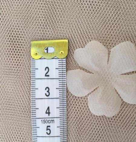 Ivory organza fabric flower applique per 5 pieces. Photo 4