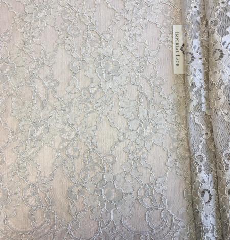 Beige lace fabric. Photo 4