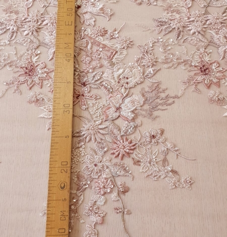 Pink beaded floral lace fabric. Photo 12
