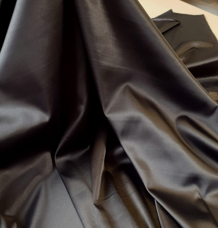 Dark grey satin fabric with elastane . Photo 4