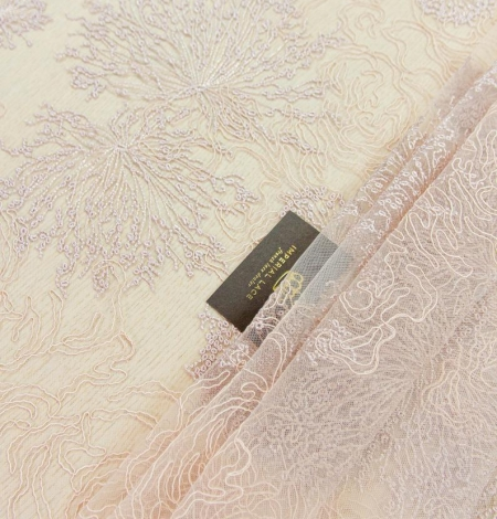 Old rose floral pattern embroidery with sequin on tulle fabric. Photo 1