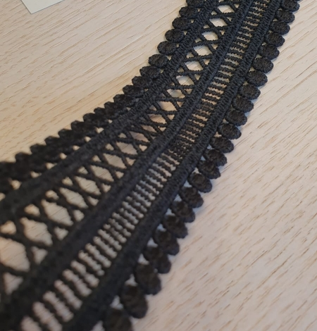 Black guipure lace trimming. Photo 2