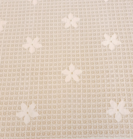 Ivory 100% polyester floral guipure lace fabric. Photo 4