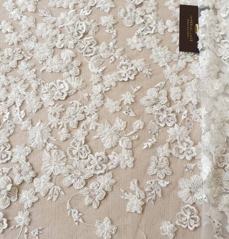 Offwhite 3D beaded lace fabric. Photo 7