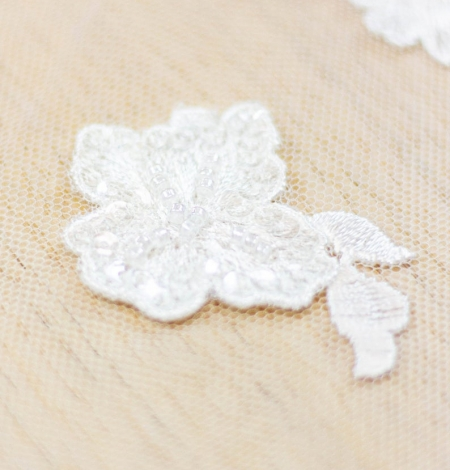 Ivory floral pattern beaded embroidery on tulle fabric. Photo 6