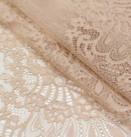 Beige chantilly lace fabric. Photo 3