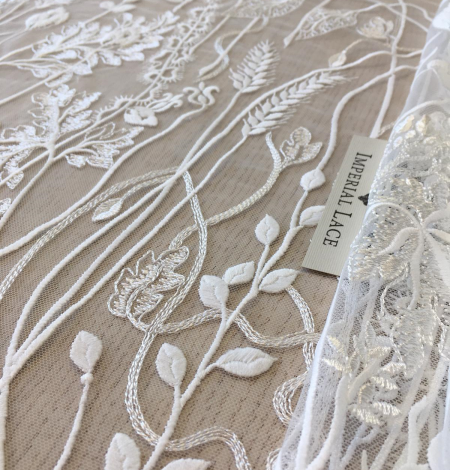 Ivory embroidery lace fabric. Photo 8
