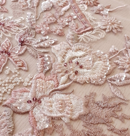 Pink beaded floral lace fabric. Photo 5