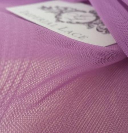 Old purple tulle fabric. Photo 2