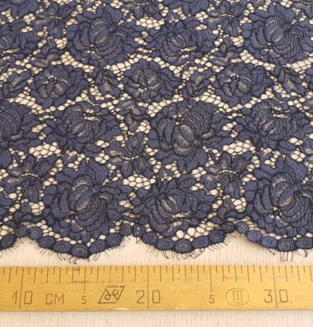 Bluish grey cotton polyester chantilly lace fabric . Photo 8