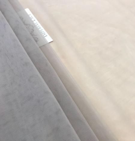 Pistachio tulle fabric. Photo 7