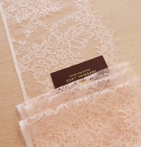 Light pink white romantic chantilly lace trimming. Photo 3