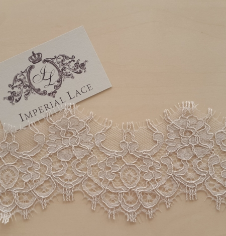 Dark Ivory Lace Trim. Photo 5