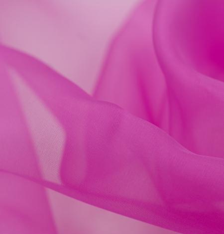 Fuchsia color silk organza fabric. Photo 4