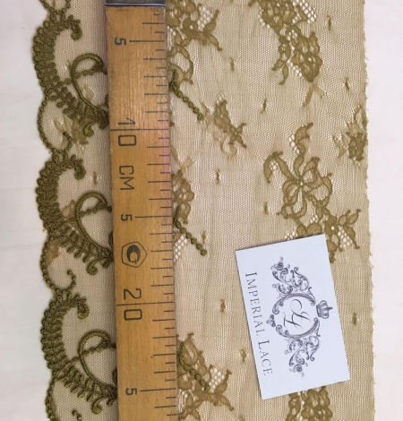 Khaki Lace trim. Photo 4