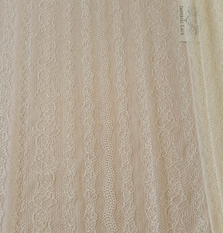 Champagne lace fabric. Photo 3