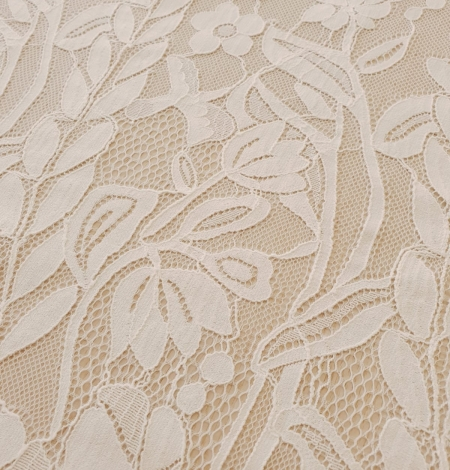Ivory 100% polyester floral and bird pattern chantilly lace fabric. Photo 9