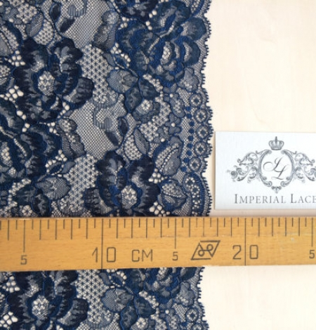 Blue with black yarn lace. Photo 4