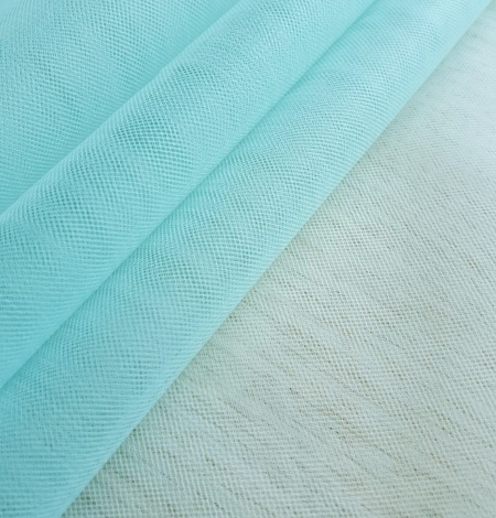Tiffany blue tulle fabric. Photo 5