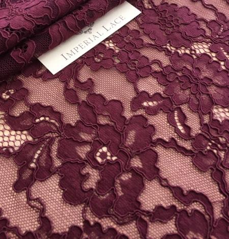 Lilac lase fabric. Photo 5