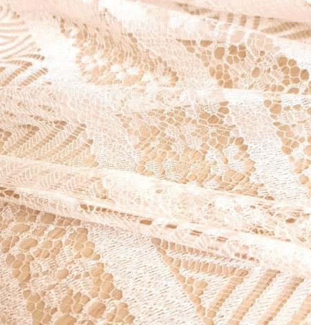Ivory viscose chantilly lace fabric. Photo 5