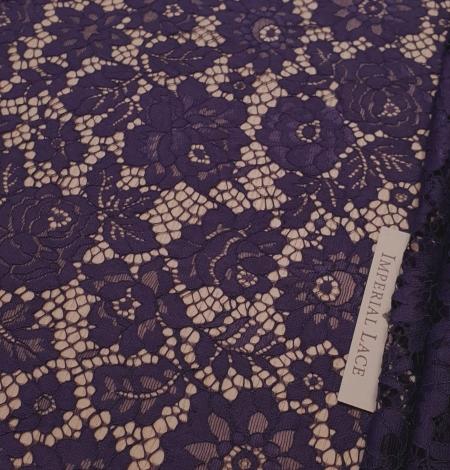 Lilac guipure lace fabric. Photo 1
