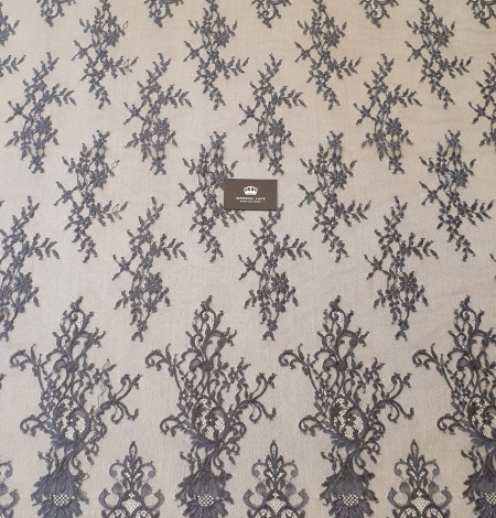 Greyish brown floral pattern chantilly lace fabric. Photo 10
