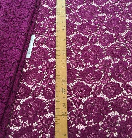 Violet lace fabric. Photo 6