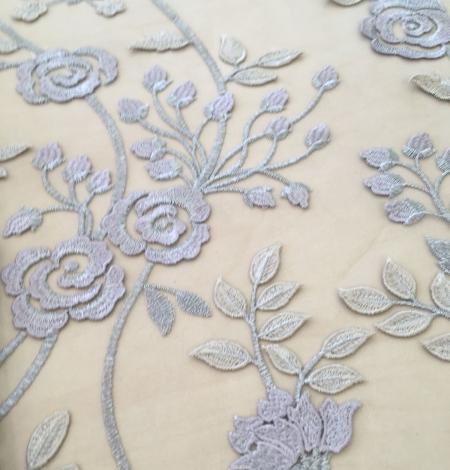 Multicolored 3D lace fabric . Photo 4