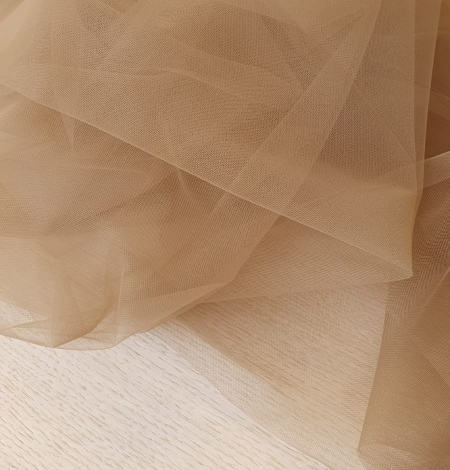 Grey brown tulle fabric. Photo 5