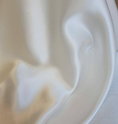 Ivory silk satin fabric. Photo 6