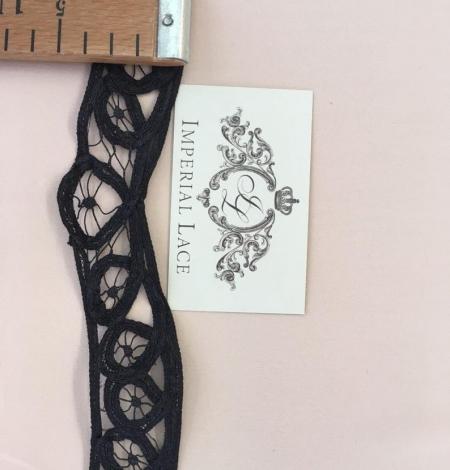 Black macrame lace trimming. Photo 4