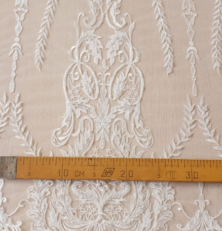Ivory beaded lace fabric. Photo 9