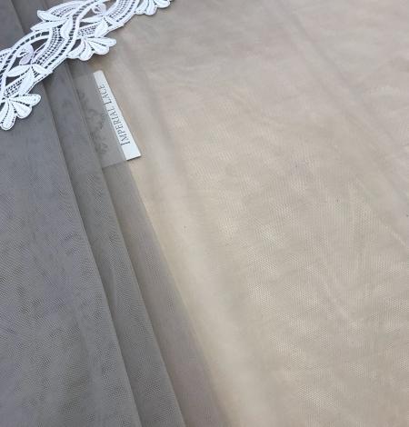 Pistachio tulle fabric. Photo 1