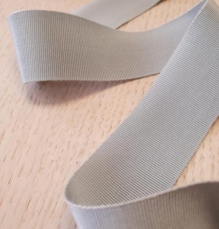 Light greyish blue grosgrain ribbon application. Photo 3
