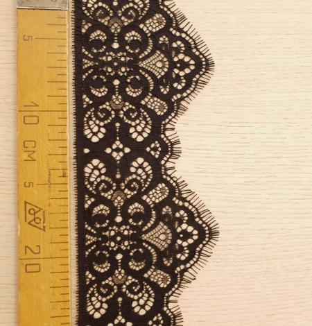 Black guipure lace trimming. Photo 7
