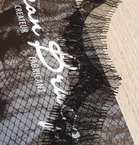 Black natural chantilly lace fabric by Jean Bracq. Photo 2