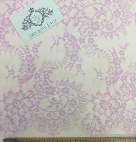 Violet lace trim. Photo 4