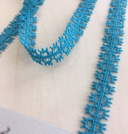 Turquoise lace trimming. Photo 4
