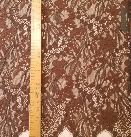 Brown floral pattern guipure lace fabric. Photo 6