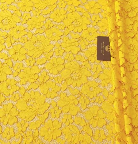 Yellow guipure lace fabric. Photo 3
