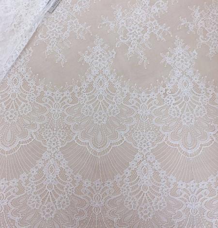 Ivory lace . Photo 1