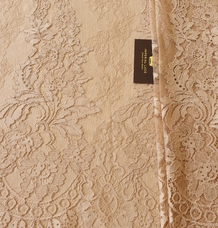 Light brown guipure with chantilly lace fabric. Photo 4