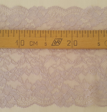 Caffe Latte Lace Trim. Photo 5