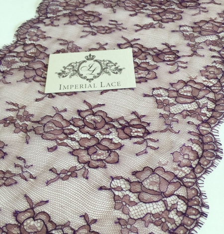 Cordovan with lilac thread lace trim. Photo 3