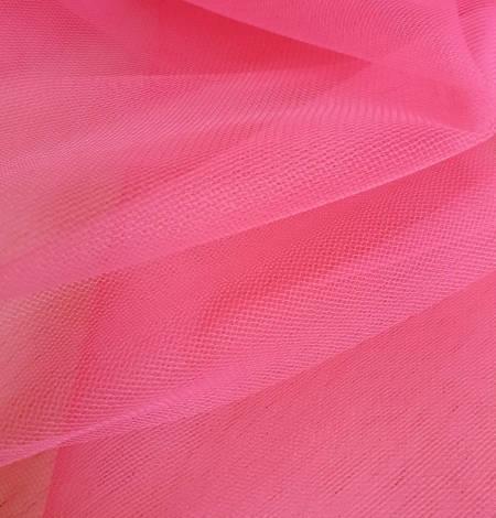 Pink tulle fabric. Photo 4