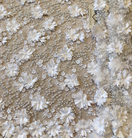 Off white 3D beaded floral embroidery on tulle fabric. Photo 1